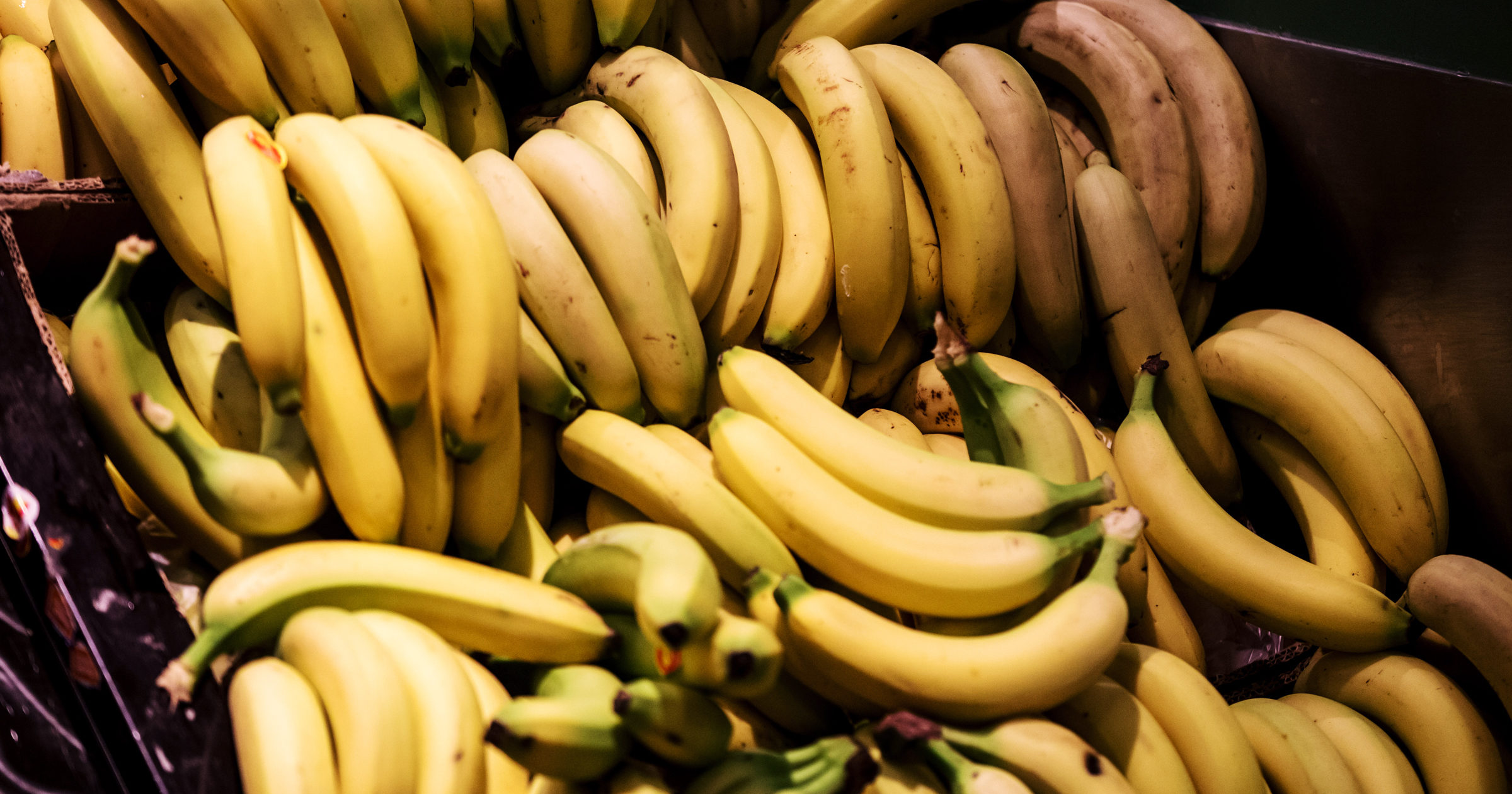 Bananas-hp-615950984-1200x630-e1489449259246