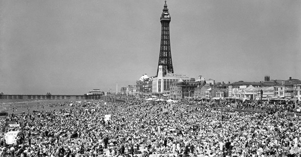 Blackpool1955pa-6457839-20171124143055177_web
